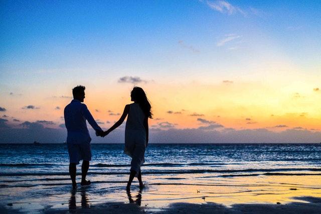 iubirea adolescentina iubire între adolescenți