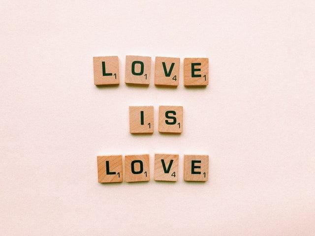 [Pespectivă] Ce este iubirea? O întrebare dificilă.