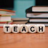 educare și conștientizare