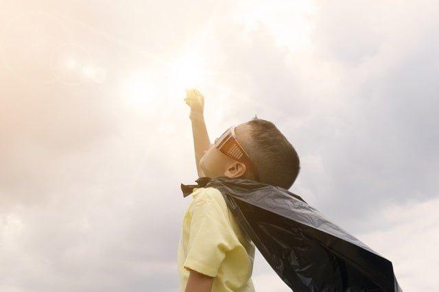 Nevoia de a avea și de a fi un erou