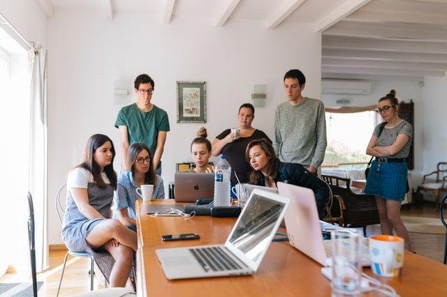 🕴 Afacerile MLM și comunicarea agresivă a reprezentanților
